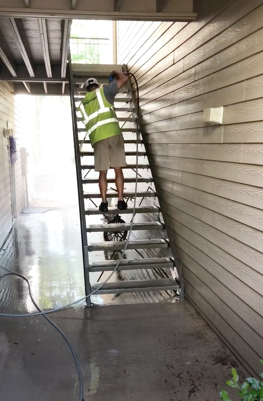 Apartment Breezeway Cleaning in Charlotte NC